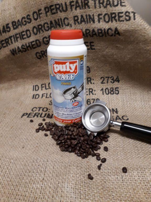 Coffee machine cleaning powder